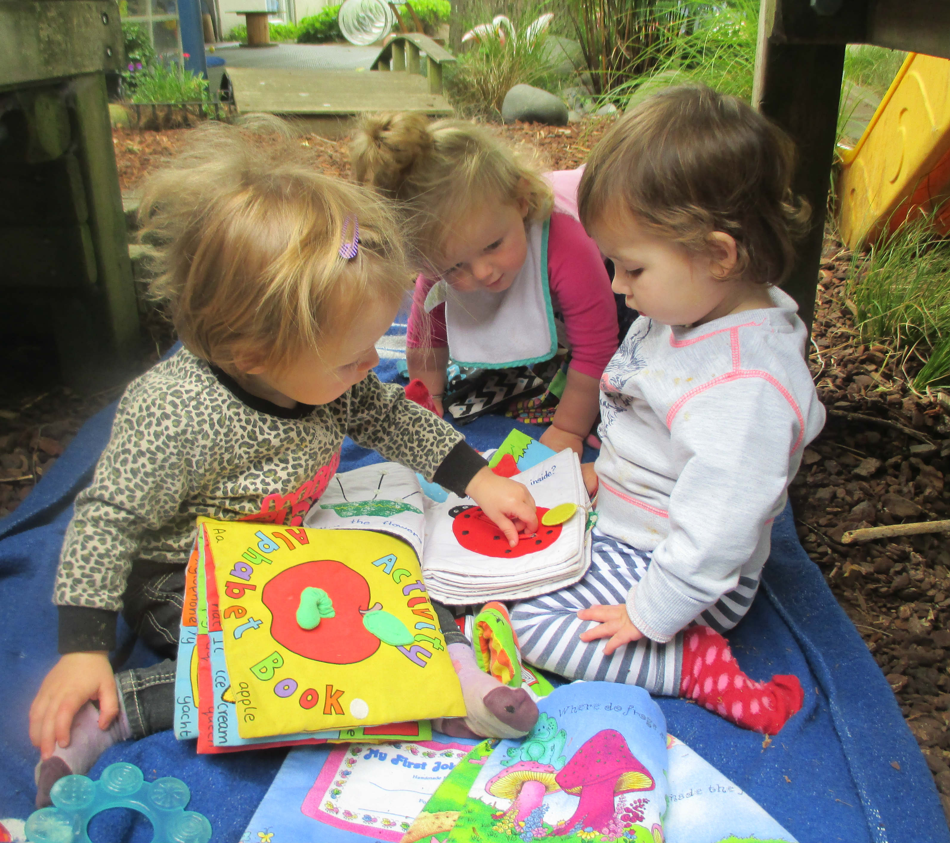 Learning together web.jpg - The Cambridge Early Learning Centre, childcare, ECE, and daycare located in Cambridge, Waikato, NZ